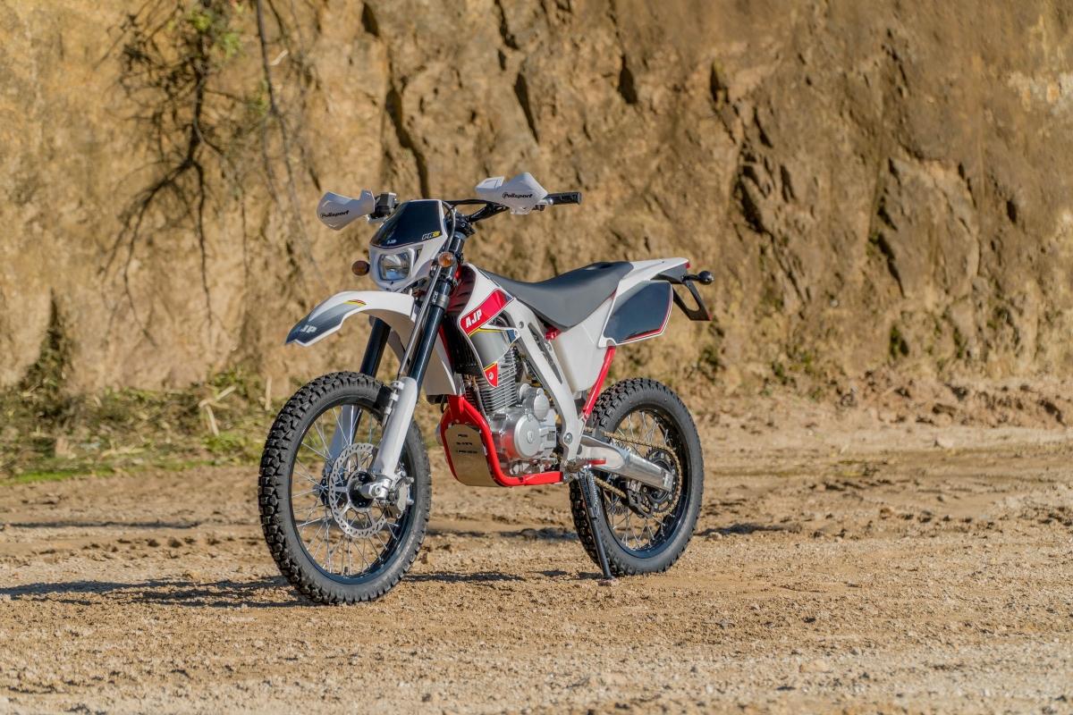 PR3 125 Enduro PRO   AJP moto